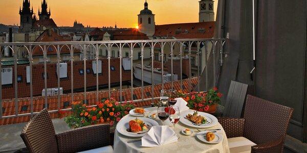 5* romantika v Praze: pokoje s výhledem a jídlo