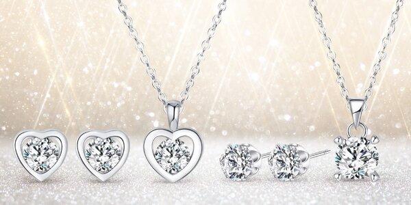 Elegantní sety zdobené třpytivými krystaly
