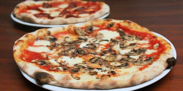 Pizza dle výběru i s nápojem pro 1 či 2 osoby
