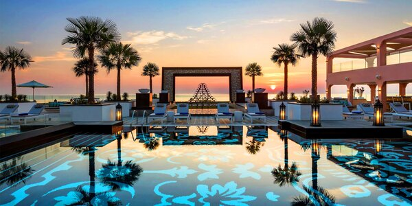 Oblíbený 5* hotel v emirátu Fujairah s bazénem a wellness
