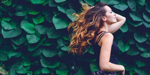 3D střih pro všechny délky vlasů s melírem či barvou