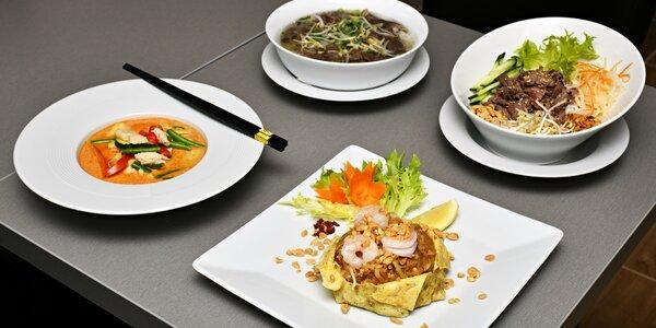 Výběr ze 4 vietnamských jídel v Karlíně