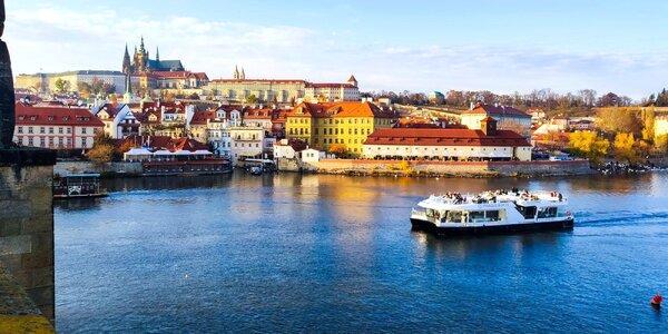 50min. plavba po Vltavě na eko lodi z Kampy
