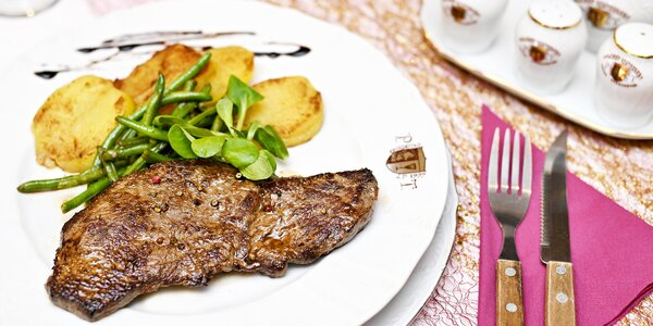 Uruguayský rump steak s přílohou podle výběru