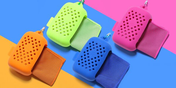 Velký chladící ručník v silikonovém obalu: 7 barev