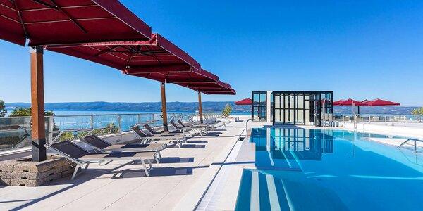 Omišská riviéra: 4* hotel přímo u pláže