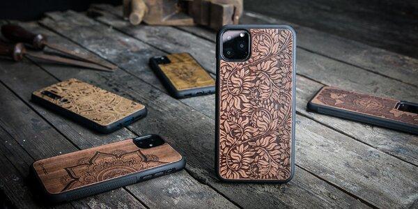 Originální dřevěné kryty na mobily různých značek