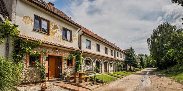 Jižní Morava: ubytování i občerstvení až pro 8 os.