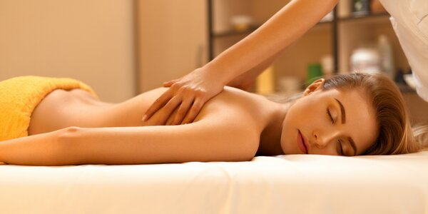 Hubnoucí či lymfatická masáž i masáž dekoltu a obličeje