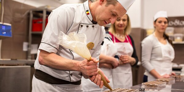 Čokokurzy: vyrobte si čokoládu, pralinky i vajíčka