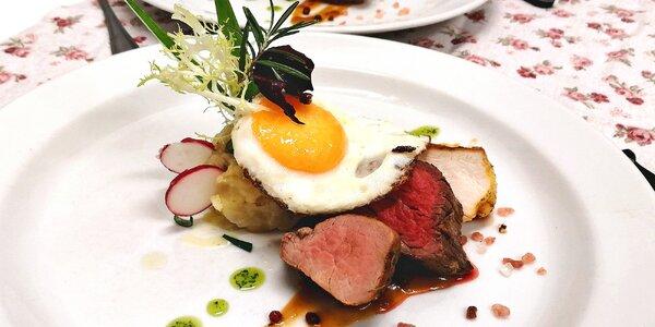 5chodové menu pro dva: lososový tatarák a steaky