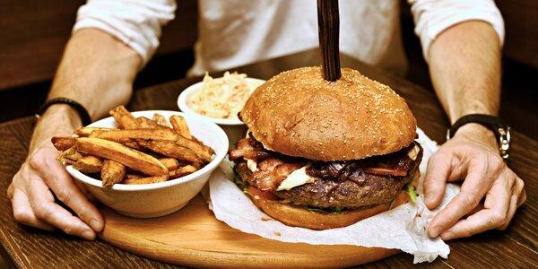 Kilový párty burger podle výběru a sleva na pivo
