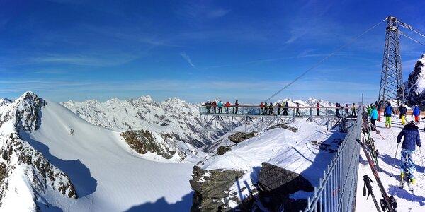 Den lyžování v Söldenu na sjezdovkách z bondovky