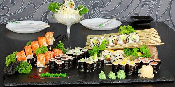 Set s 50 ks sushi: rolky s rybami i vege
