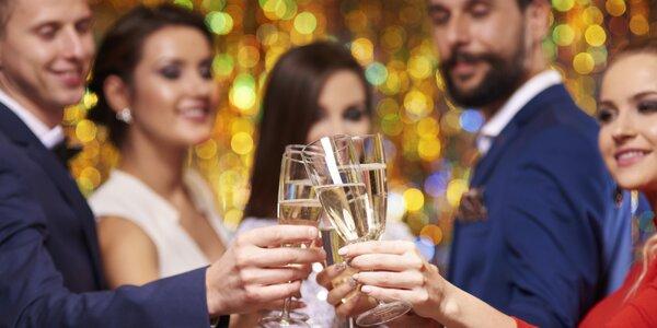 Silvestrovská párty: raut, bowling i wellness