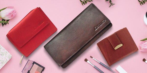 Kožené dámské peněženky v mnoha stylech