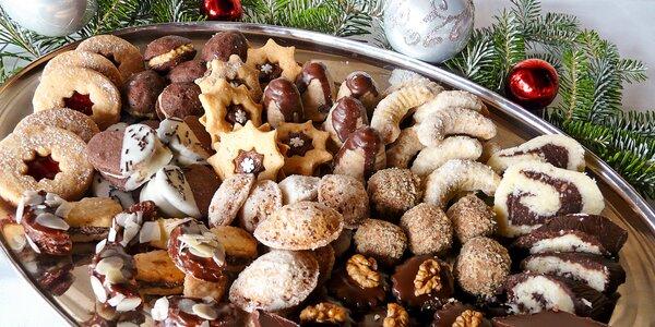 Až 1 kg vánočního cukroví podle receptů našich babiček