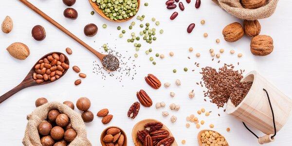 Oříšky, sušené ovoce a semínka