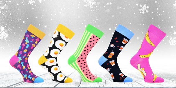 Bláznivé barevné ponožky: 5 setů s různými vzory