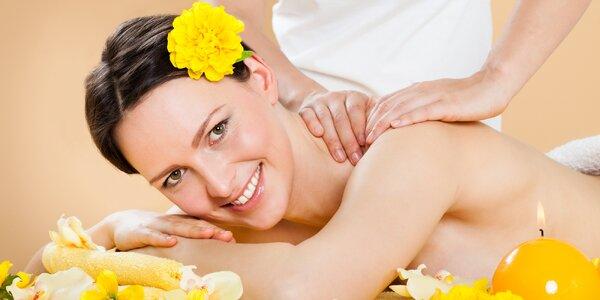 Uvolňující masáž, rašelinový zábal i welcome drink