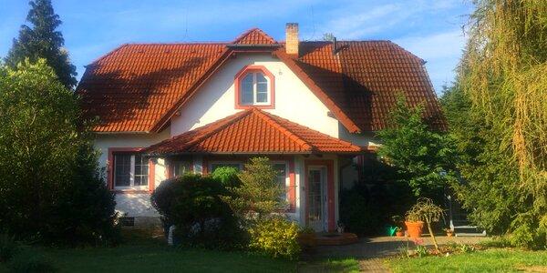 Prvorepubliková vila s velkou zahradou v Třeboni