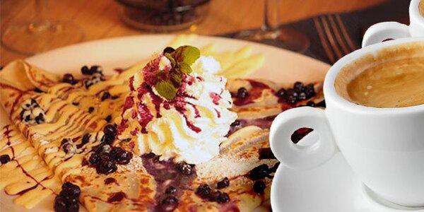 2 sladké či slané francouzské palačinky a 2 kávy v Café Creperie