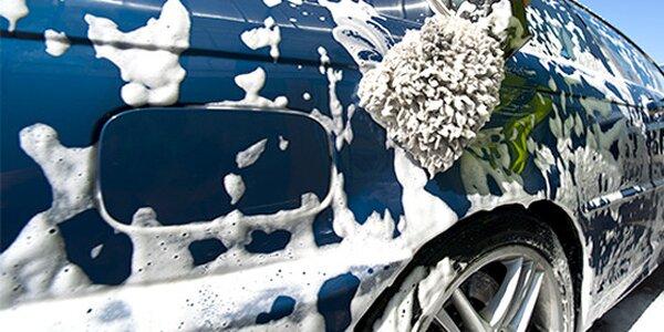 Ruční mytí vozidla