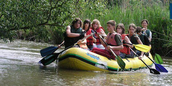 Pohoda na raftu s instruktorem na řece Moravě