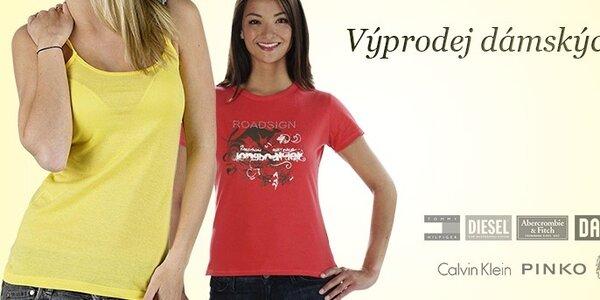 Výprodej dámských triček a mikin