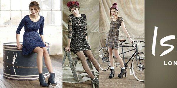 Síla ženskosti - šaty s potisky a nápadité svetříky Iska