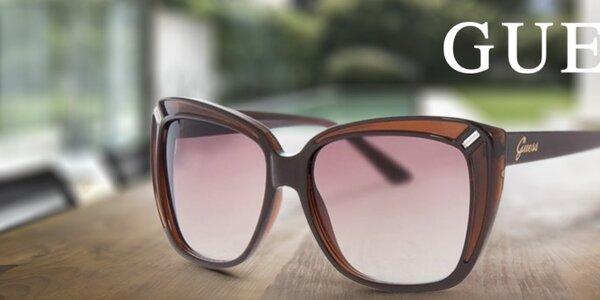 Připravte se na sluníčko - dámské sluneční brýle Guess