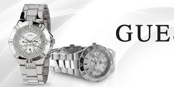 Oblečte své zápěstí do luxusu - dámské hodinky Guess