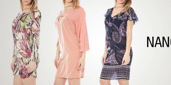 Nancy N. - stylové letní vzorované šaty
