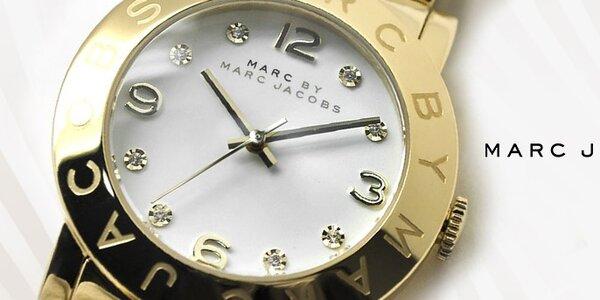 Rafinované dámské hodinky Marc Jacobs