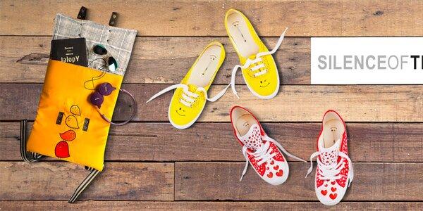 Barevné boty, batůžky a tašky s obrázky The Bees