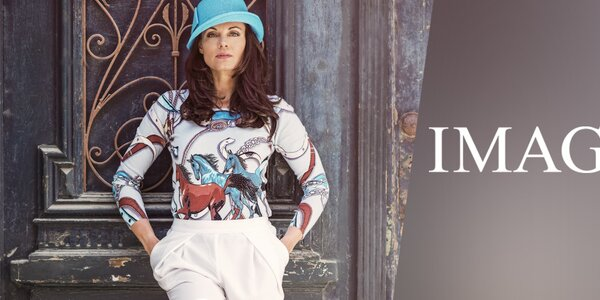 Imagini - barevná dámská móda plná vzorů