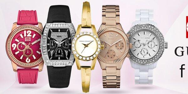Nastavte si zimní čas s hodinkami značek Guess, FCUK, ECKO - dámské