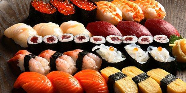 52 ks sushi, polévky a saláty v Yo! Grand Sushi