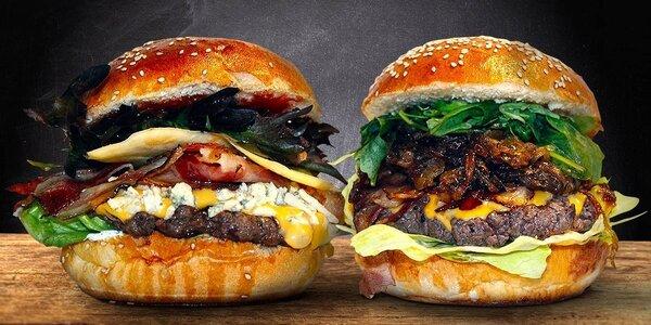 Dva poctivé šťavnaté domácí burgery