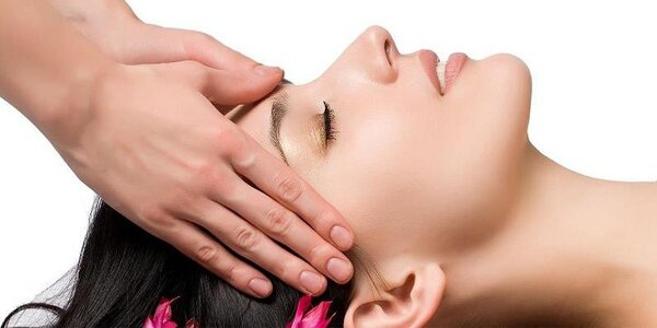 Ultrazvukové čištění pleti a relaxační masáž