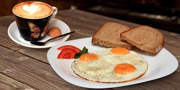 Vaječná snídaně pro dva v útulné kavárně