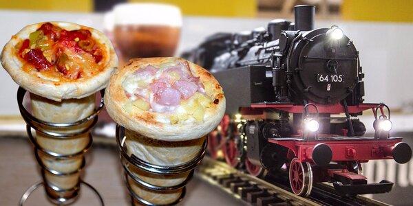 2x domácí kornoutková cone pizza ve Výtopně