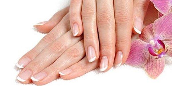 Zkrášlující péče o ruce v salonu Alis Hands