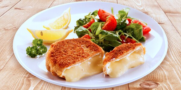 Dozlatova usmažený sýr s hranolky pro dvě osoby
