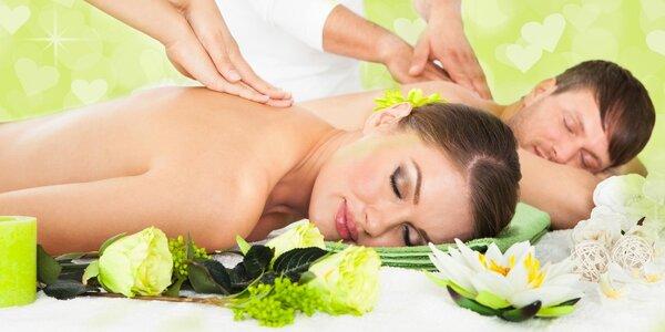 Božská thajská masáž pro páry v salonu Lotus