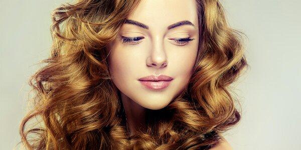 Dámský střih a péče regenerační kosmetikou