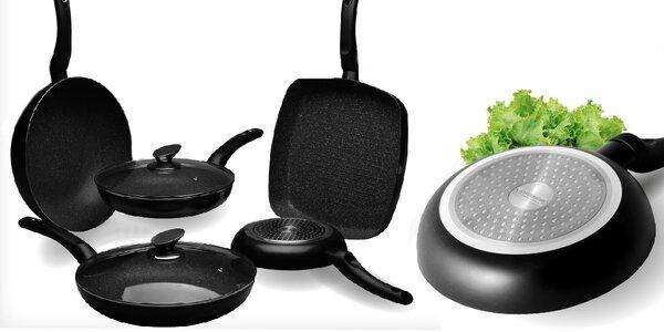 Kuchyňské nádobí s nepřilnavým povrchem