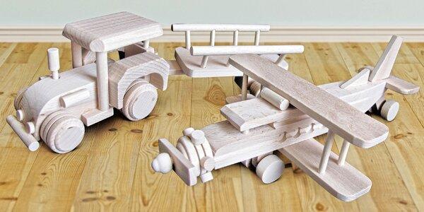 Dřevěné dopravní prostředky pro malé uličníky