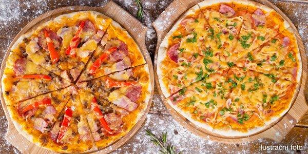 Dvě pizzy v restauraci Pod Kaštany