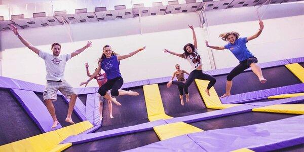 Hodina skákání na trampolínách v JumpParku